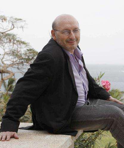 Pierre Vavasseur : Un homme à multiples facettes