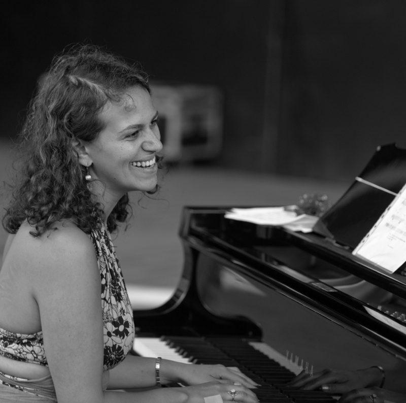 Leila Olivesi - Tyi - DR