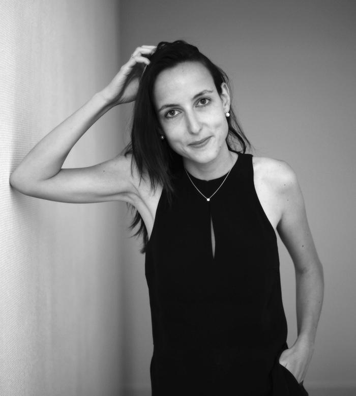 JULIA CAGÉ -