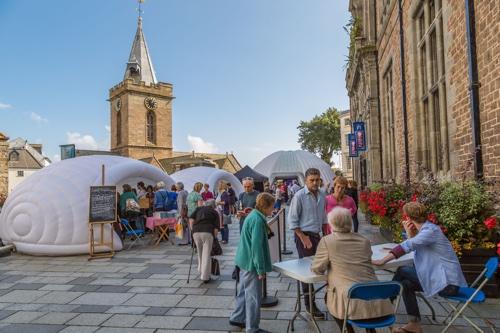 Festival littéraire de Guernesey, du 10 au 14 mai 2017 à Saint-Pierre-Port (Guernesey)