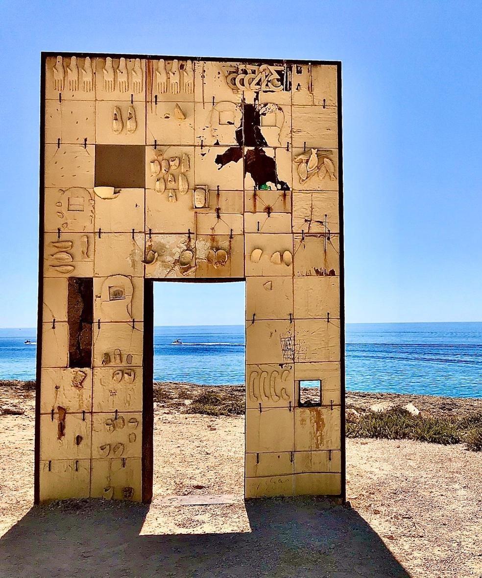 """La """"porte de l'Europe"""" à Lampedusa (© Mattia Moretti)"""